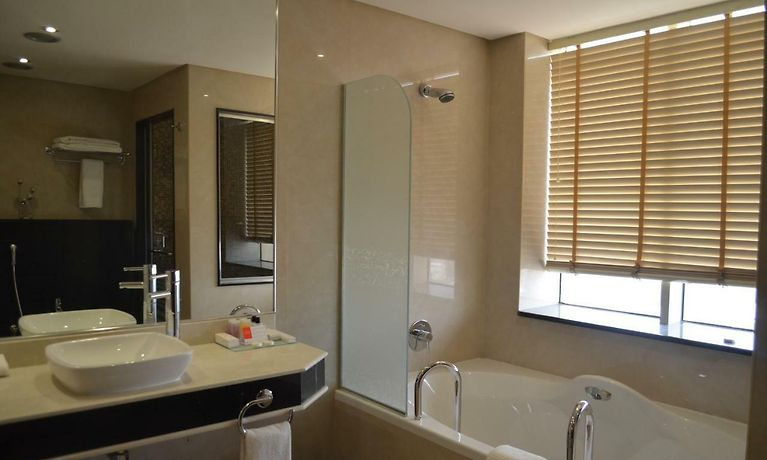 RAMADA GULF HOTEL, AL KHOBAR - Best Rates Guaranteed